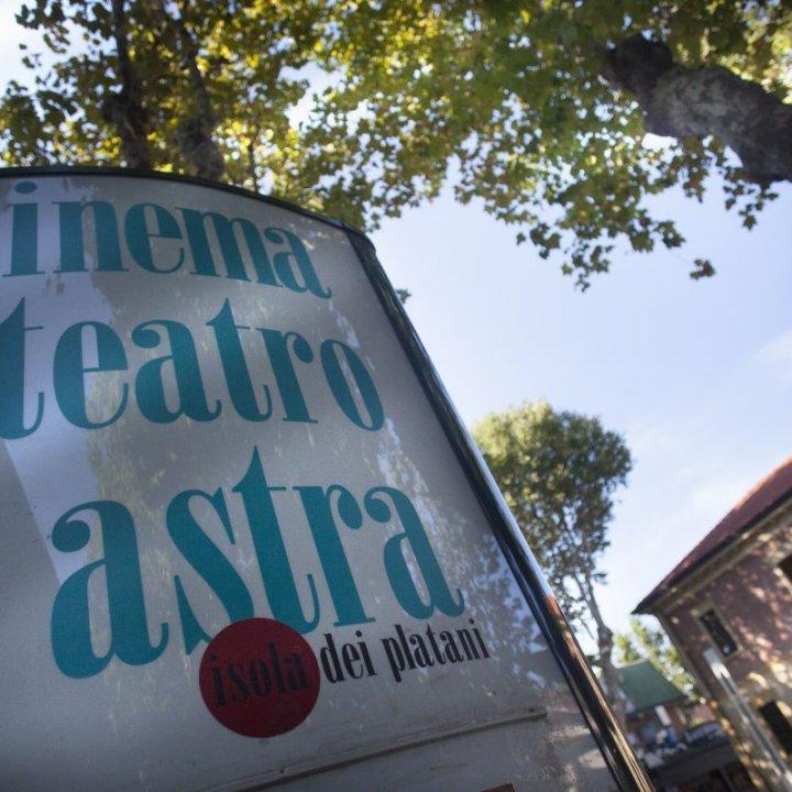 Registi emergenti e grandi storie: i film di dicembre al Cinema Teatro Astra