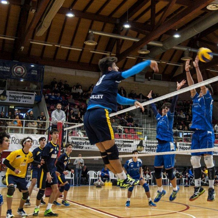 Happyfania Volley: un trionfo di pallavolisti nel giorno della Befana