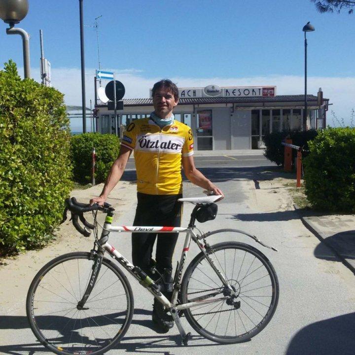 Dalla Germania in sella alla sua bici per raggiungere Bellaria Igea Marina!